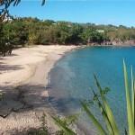 Et comme en habitant à Ti Mahana vous serez à 100m de la plage de Leroux : n'hésitez pas à boire un café en bord de mer !